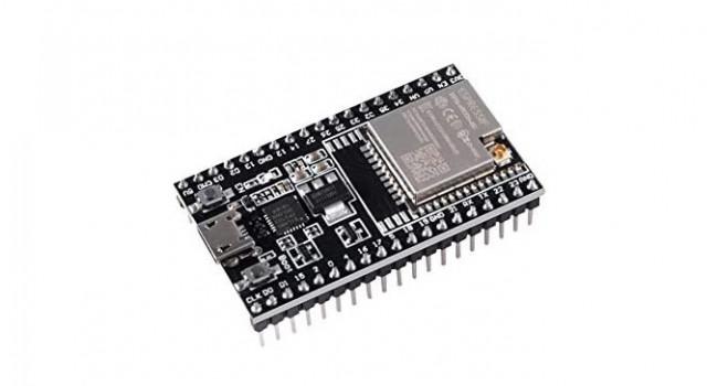 ESP32 Dev Board + 2dB Antenna (WROOM 32)