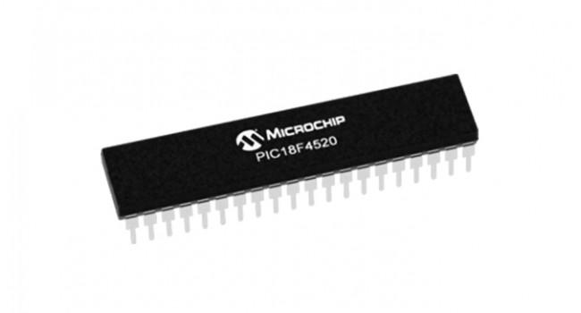 Microchip 18F4520 32K IC DIP 40