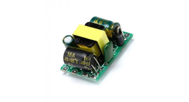 220V AC/DC  Module 5Volt 0.7A