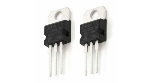 Voltage Regulator 7805 5V (2 Pack)